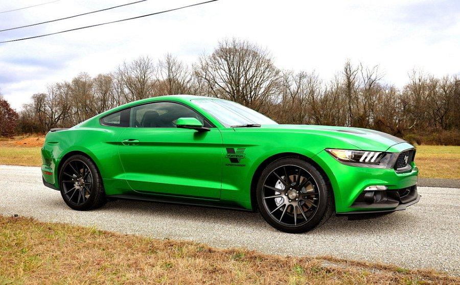 2017 2018 Mustangs